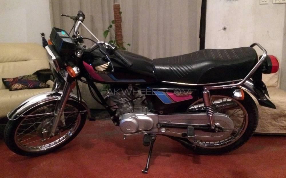 Honda CG 125 2011 Image-1