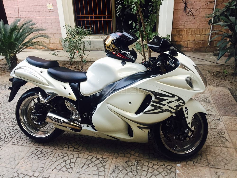 used suzuki hayabusa 2010 bike for sale in lahore 173616 pakwheels. Black Bedroom Furniture Sets. Home Design Ideas