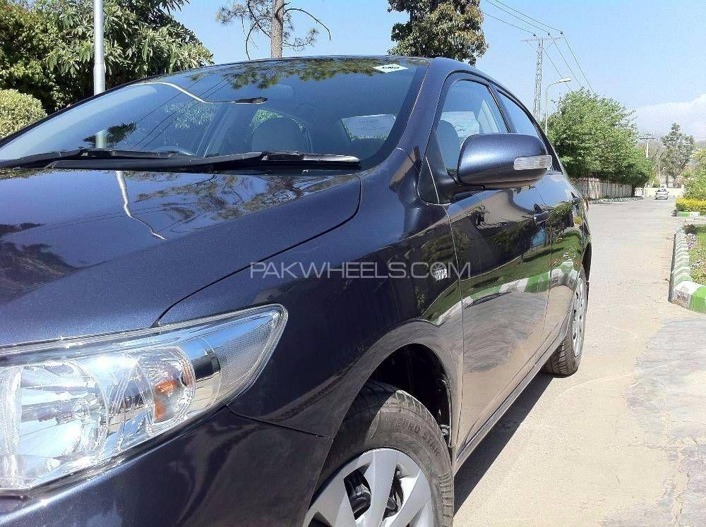 Toyota Corolla GLi 1.3 VVTi Ecotec  2011 Image-1