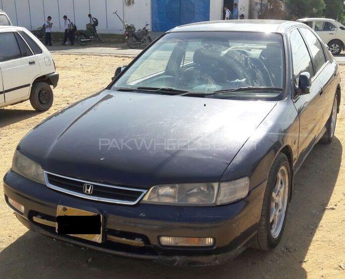 Honda Accord EX 1995 Image-1