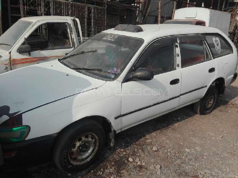 Toyota Corolla Fielder G 1992 Image-1