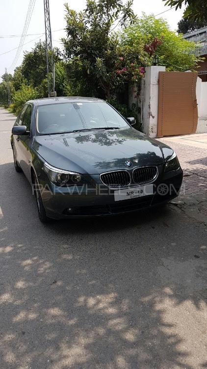 BMW 5 Series 525d 2007 Image-1