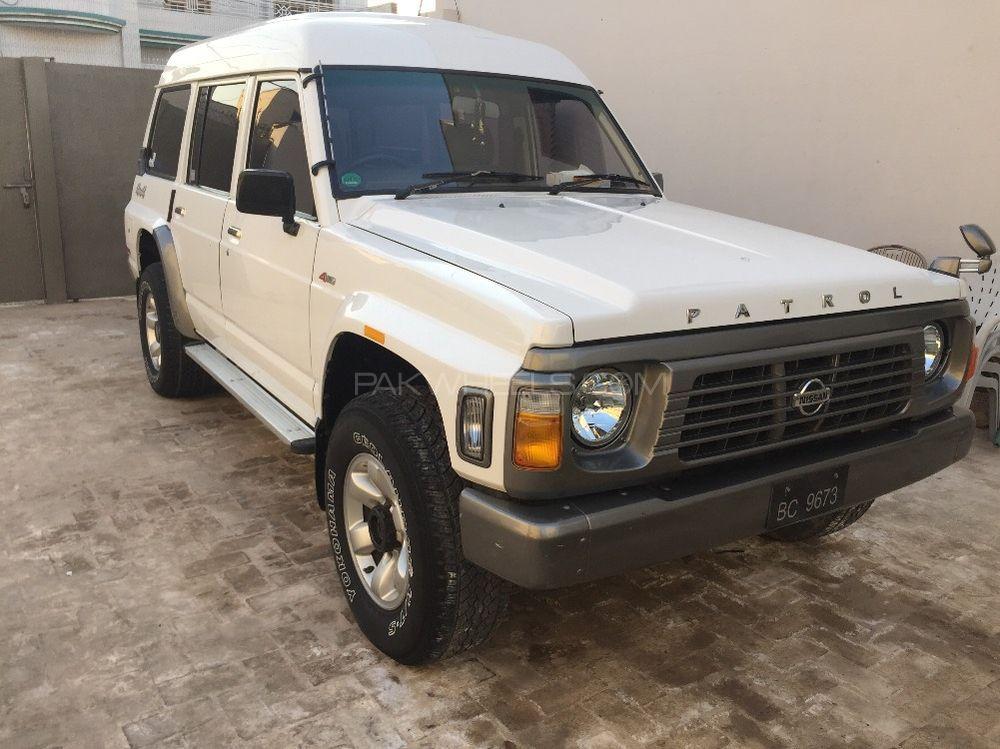 Nissan Patrol 1996 Image-1