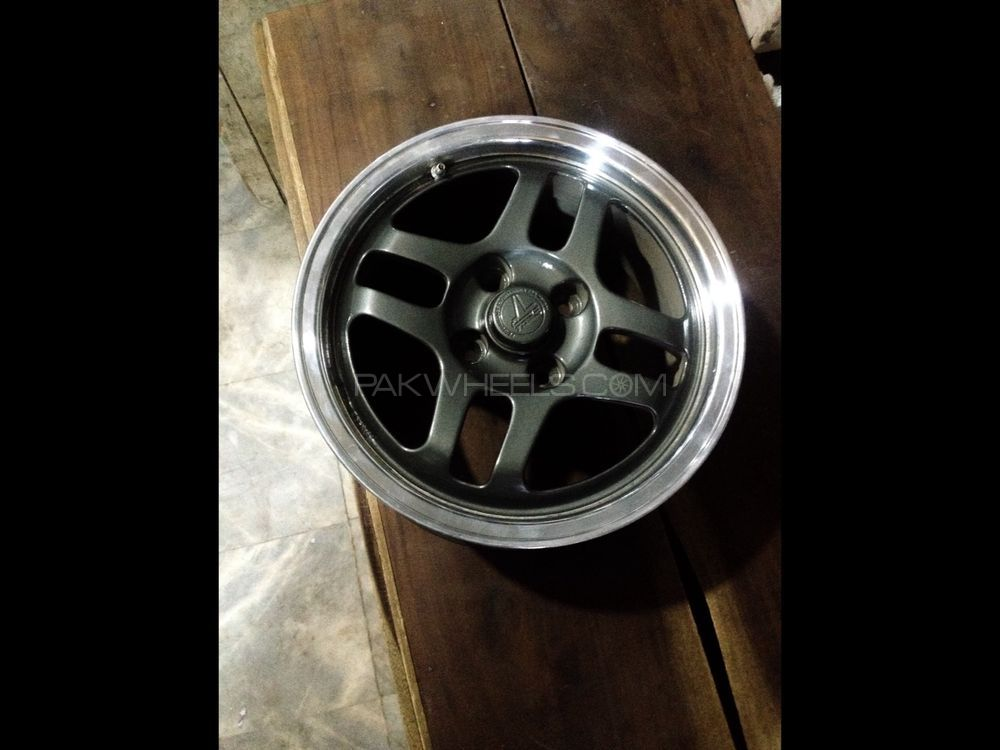 Toms wheels 14inch rims Image-1