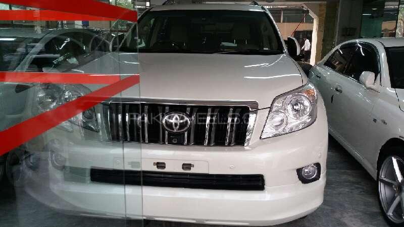 Toyota Prado TZ G 4.0 2010 Image-1