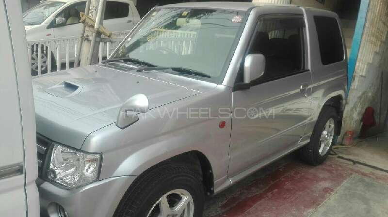 Mitsubishi Pajero Mini Limited 2012 Image-1