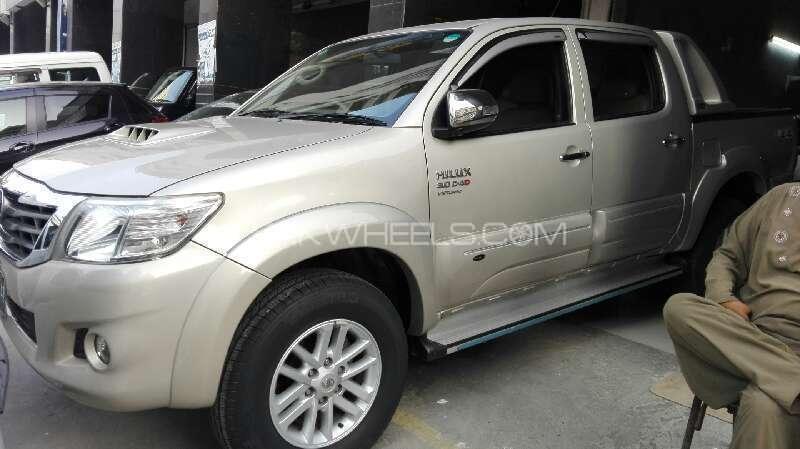 Toyota Hilux Vigo Champ G 2011 Image-1