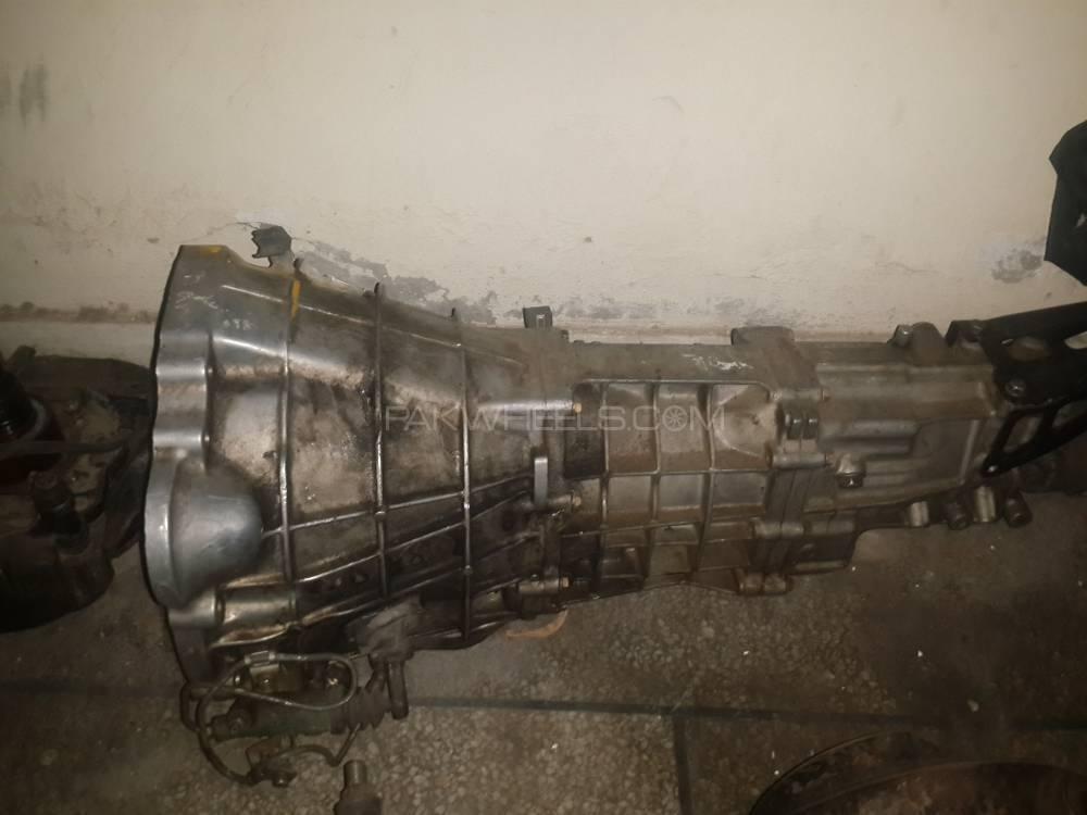 6 Forward J 160 Manual Gear Box Image-1