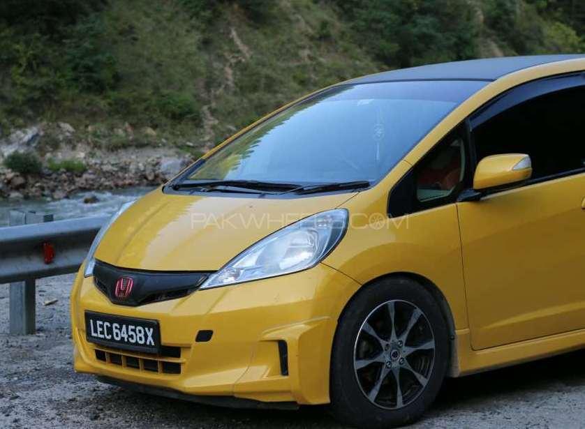 Honda Fit 2010 Image-1
