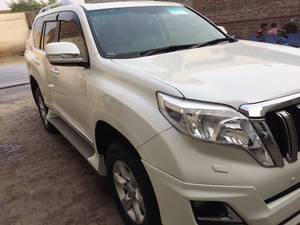 Toyota Prado TX Limited 2.7 2010 for Sale in Lahore