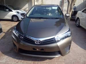 Toyota Corolla Altis Automatic 1.6 2016 for Sale in Multan
