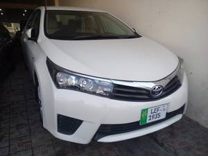 Toyota Corolla XLi VVTi 2014 for Sale in Multan