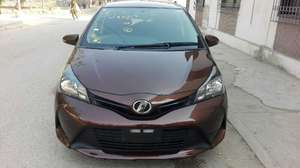 Toyota Vitz F 1.0 2014 for Sale in Karachi