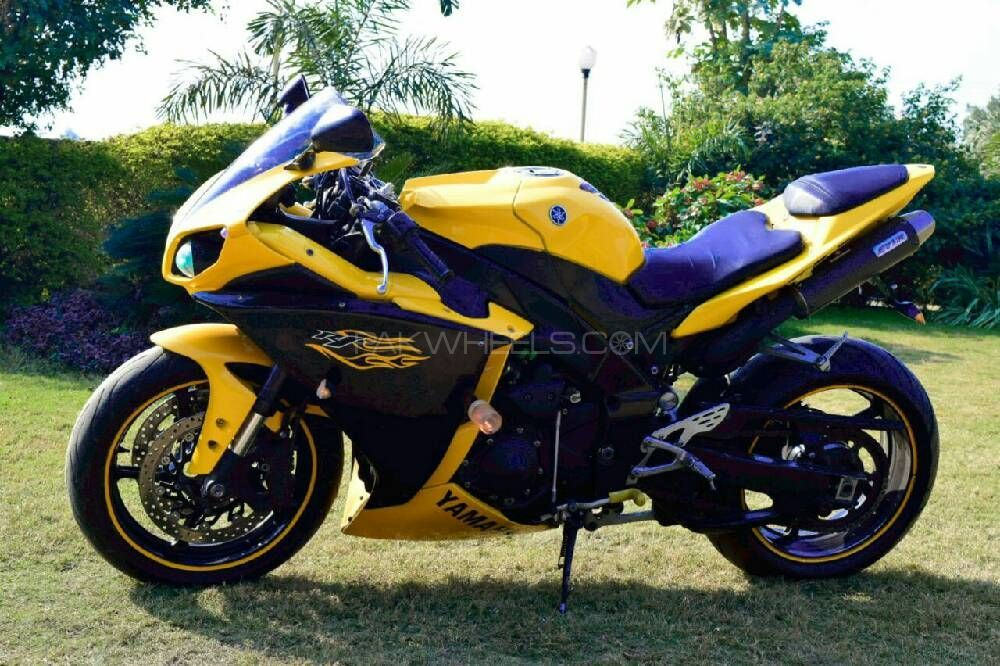 Used yamaha yzf r1 2009 bike for sale in rawalpindi for Yamaha r1 deals