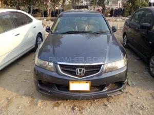 Honda Accord CL9 2002 for Sale in Karachi