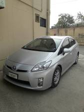 Toyota Prius G 1.8 2011 for Sale in Islamabad