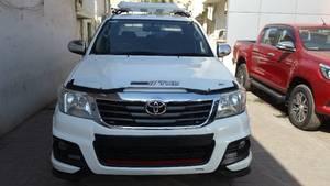 Toyota Hilux 2011 for Sale in Karachi