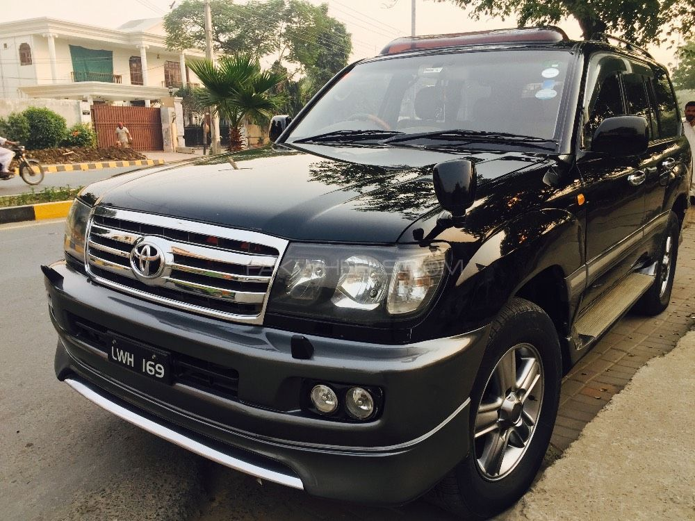 toyota land cruiser amazon 4 2d 2003 for sale in lahore. Black Bedroom Furniture Sets. Home Design Ideas