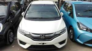 Honda Fit Hybrid L Package 2014 for Sale in Karachi