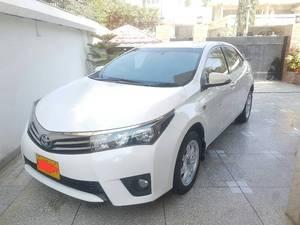 Toyota Corolla Altis Grande CVT-i 1.8 2015 for Sale in Karachi