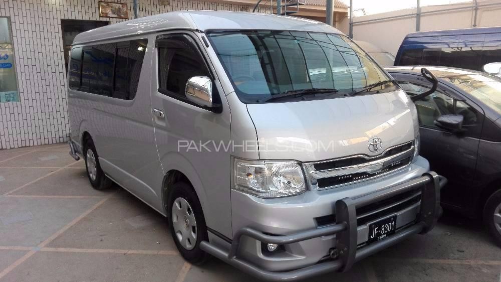 Toyota Hiace Standard 2.7 2012 Image-1