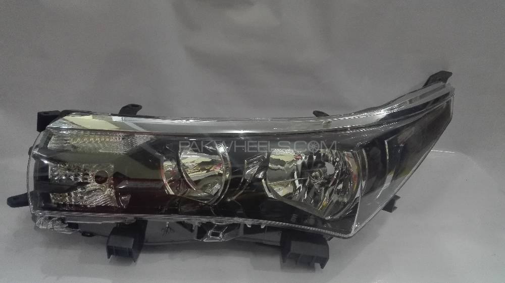 Head Light LH Corolla 2014 - 2016 Genuine - MC in Lahore
