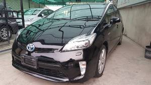 Slide_toyota-prius-s-touring-selection-my-coorde-1-8-2013-14966884