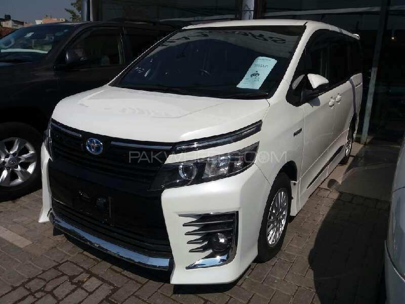 Toyota Noah 2014 For Sale In Lahore Pakwheels