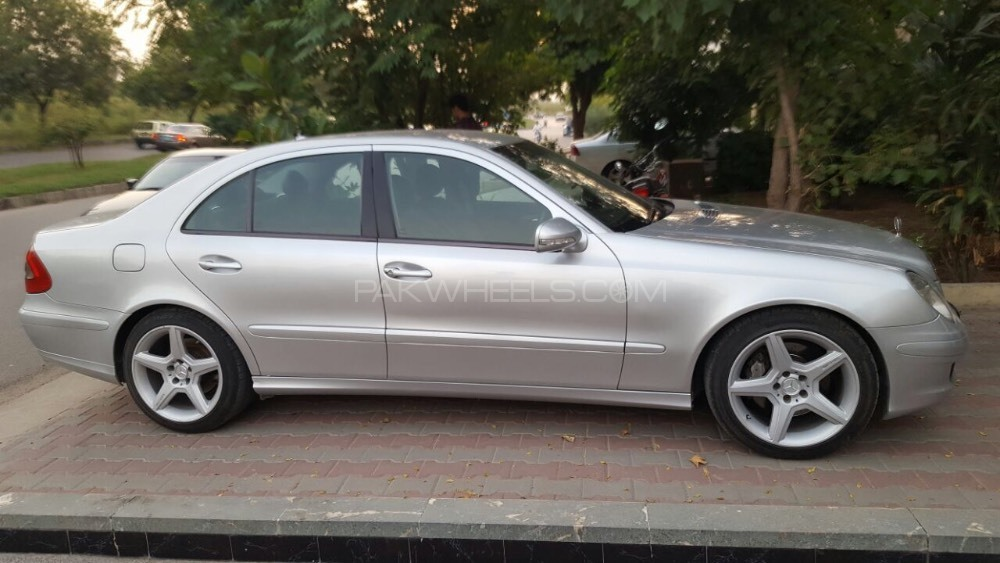 mercedes benz e class e200 2006 for sale in islamabad pakwheels. Black Bedroom Furniture Sets. Home Design Ideas