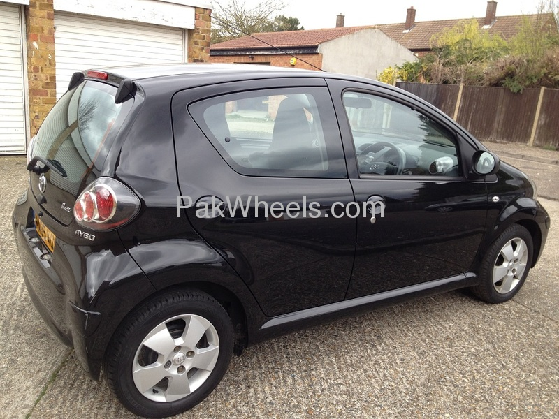 used toyota aygo 2009 car for sale in lahore 486658 pakwheels. Black Bedroom Furniture Sets. Home Design Ideas