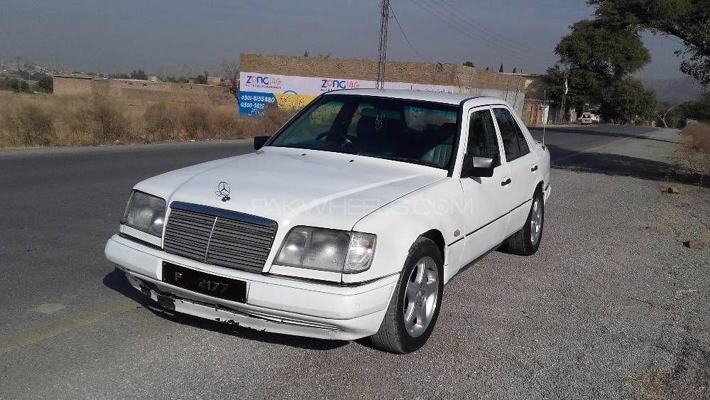 Mercedes Benz E Series 1986 Image-1