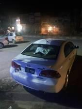 Slide_honda-civic-vti-1-8-i-vtec-2011-15289900