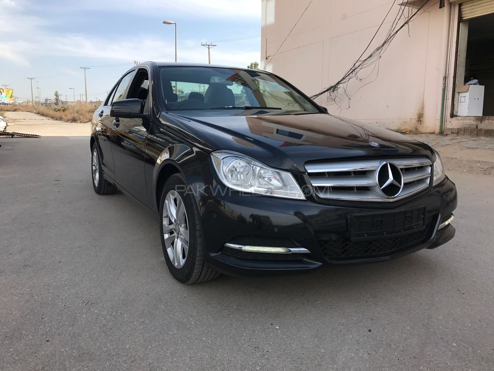 Mercedes benz c class c180 2013 for sale in islamabad for 2013 mercedes benz c class c350