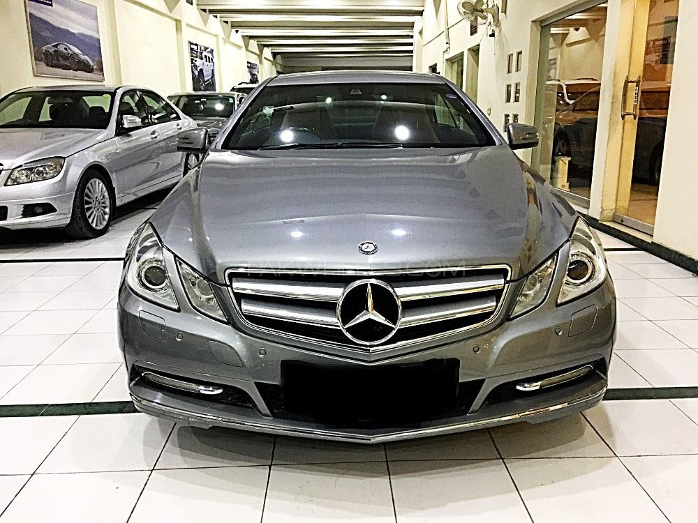 Mercedes benz e class coupe e 250 2011 for sale in lahore for Mercedes benz 2011