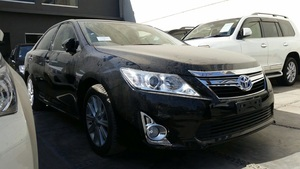 Slide_toyota-camry-2-4-up-specs-automatic-2013-15556010