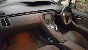 Slide_toyota-prius-s-touring-selection-gs-1-8-2009-15715299