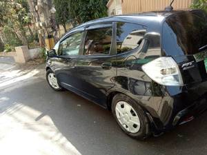 Slide_honda-fit-g-smart-style-edition-1-3-2012-15721930