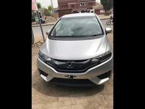 Slide_honda-fit-hybrid-base-grade-1-5-2014-15840089
