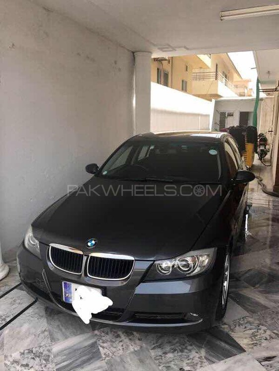BMW 3 Series 320i 2006 Image-1