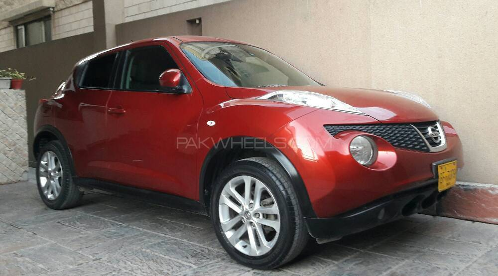 Nissan Juke 15RX Premium Personalize Package 2010 Image-1