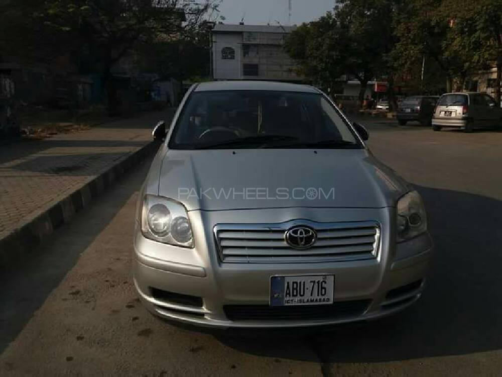 toyota avensis 2004 for sale in islamabad pakwheels. Black Bedroom Furniture Sets. Home Design Ideas