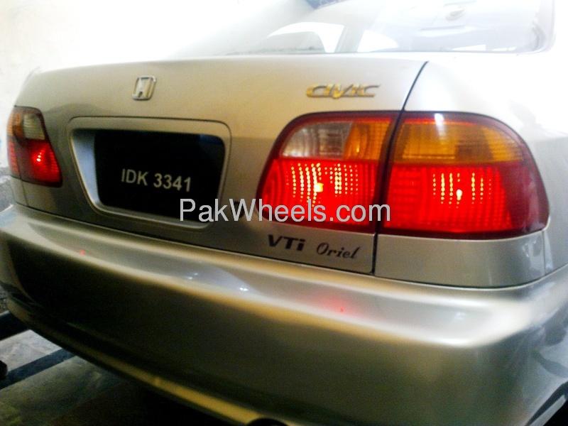Honda Civic VTi Oriel Prosmatec 1.6 2000 Image-2