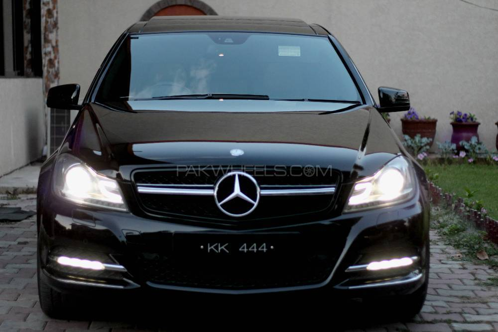 Mercedes benz c class c200 2013 for sale in islamabad for Mercedes benz 2013 c350
