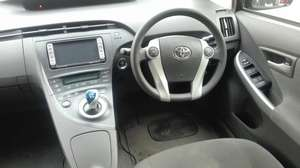 import 2014 .  Reg 2014.  Good condition.  Neat and Clear interior and exterior. Push start.  Cruise control. Air bags. Tyres condition is good.  DVD player. Navigation system. Alloys rims.