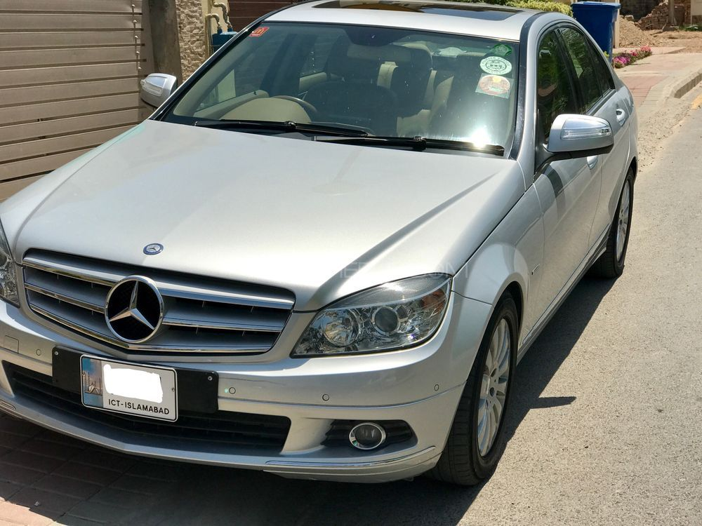 mercedes benz c class c200 2008 for sale in islamabad pakwheels. Black Bedroom Furniture Sets. Home Design Ideas