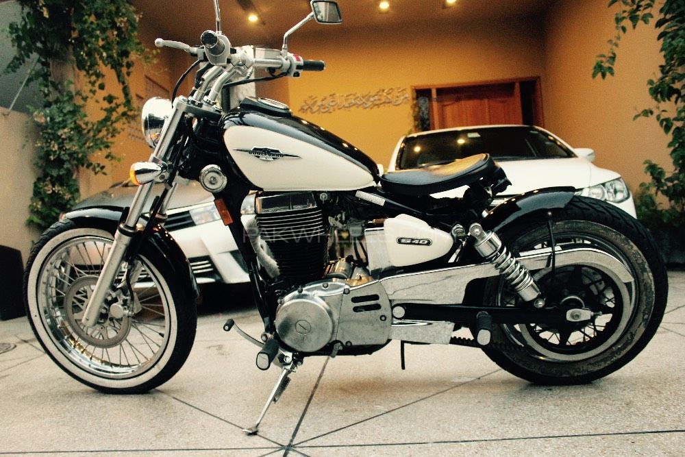Used Suzuki Boulevard S40 2009 Bike For Sale In Lahore
