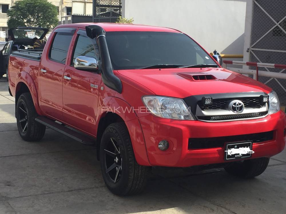 toyota hilux d 4d automatic 2009 for sale in karachi pakwheels. Black Bedroom Furniture Sets. Home Design Ideas