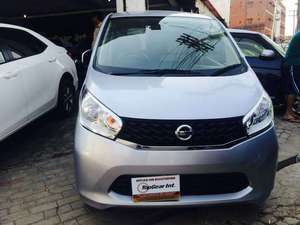 import 2017 Excellent condition  Neat and Clear interior and exterior  DVD player  Navigation system  Push start  Tyres condition is good