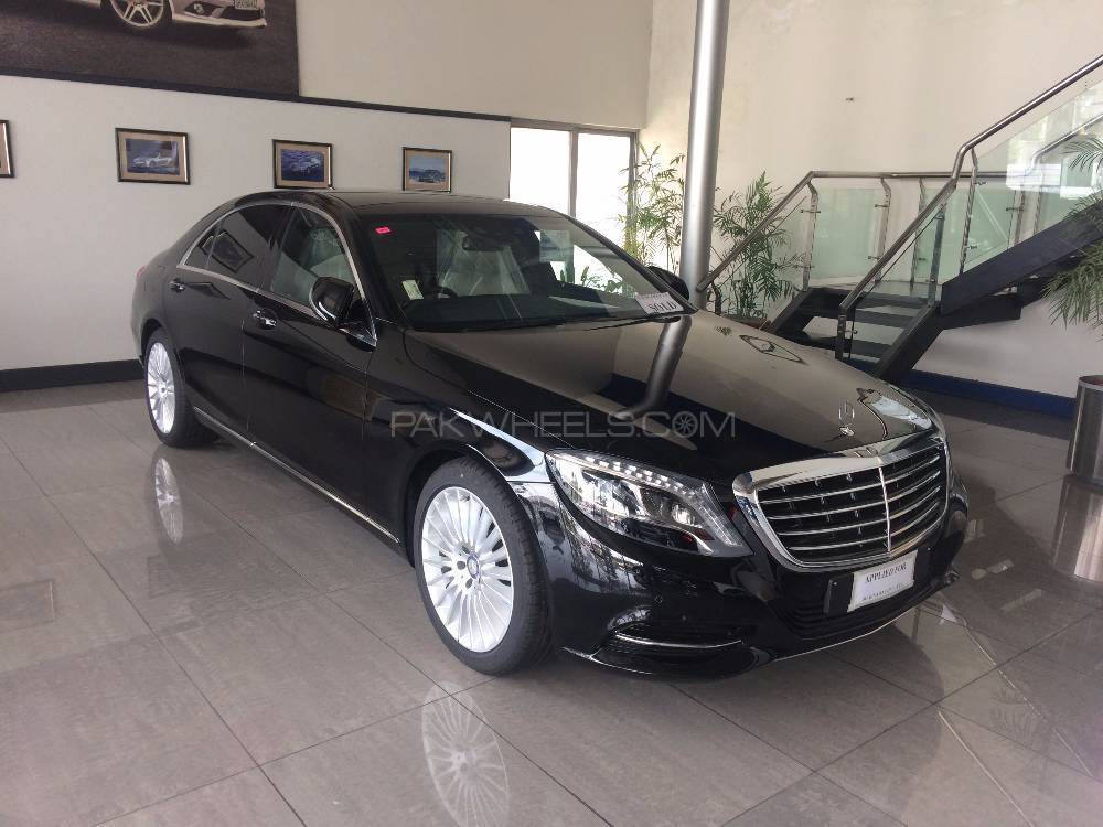 mercedes benz s class s400 hybrid 2017 for sale in lahore pakwheels. Black Bedroom Furniture Sets. Home Design Ideas