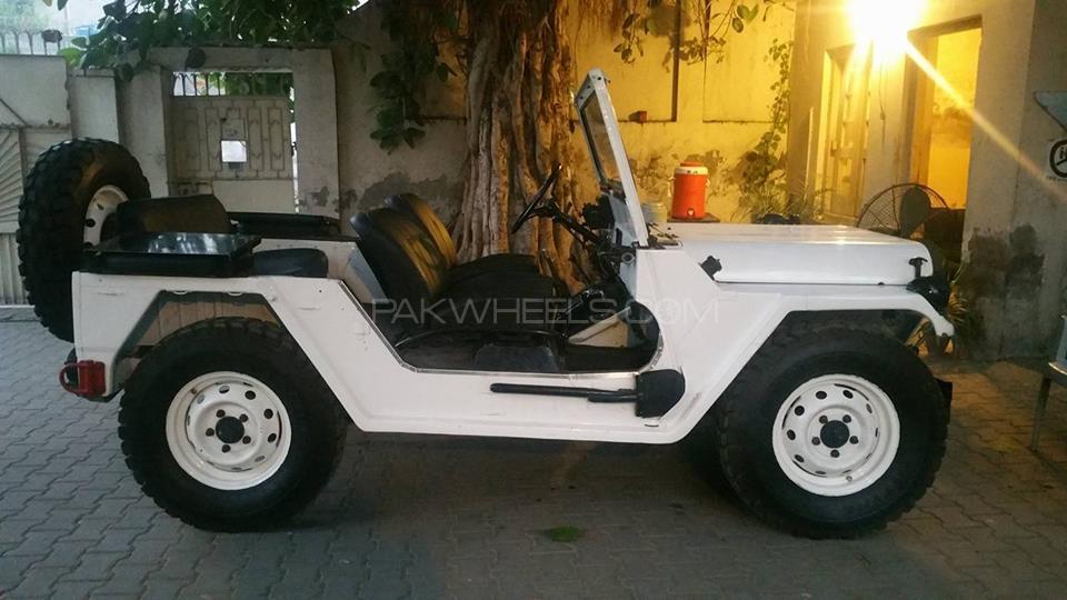 Jeep M 151 1996 Image-1